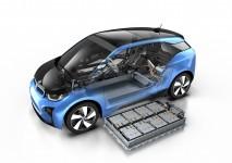 新能源纯电动汽车好不好?为什么还有很多人选择燃油车?