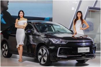 BEIJING汽车携精品电动车型亮相EVTec China 2000